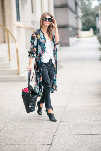 ashlee frazier blogger tank top pants bag shoes sunglasses booties fall outfits cardigan floral cardigan