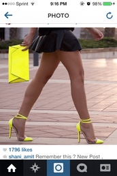 shoes,neon,yellow,clear heels,bag