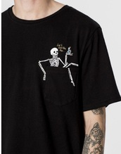 shirt,t-shirt,black,skeleton,printed t-shirt,pocket t-shirt