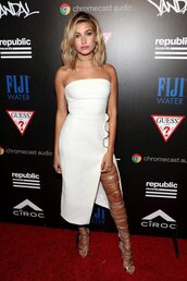 dress,white,white dress,strapless,slit dress,sandals,gladiators,hailey baldwin,model off-duty,choker necklace,vma,slit,bodycon,bodycon dress,party dress,sexy party resses,sexy party dresses,sexy,sexy dress,party outfits,sexy outfit,celebrity,celebrity style,celebstyle for less,red carpet,red carpet dress,summer dress,summer outfits,spring dress,spring outfits,fall dress,fall outfits,classy dress,elegant dress,cocktail dress,cute,cute dress,girly,girly dress,date outfit,birthday dress,clubwear,club dress,summer holidays,wedding dress,wedding clothes,wedding guest,engagement party dress,dope