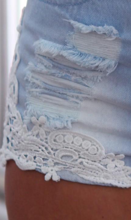 Denim lace trim cut shorts