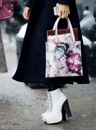 shoes tumblr nyfw 2017 fashion week 2017 fashion week streetstyle white boots ankle boots platform boots high heels boots bag floral bag floral coat navy coat