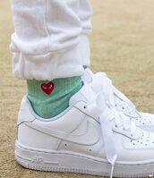 shoes,nike,nike running shoes,nike air,nike sneakers,socks,kawaii,white,soft grunge,kawaii grunge