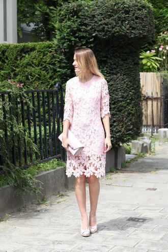 from brussels with love blogger dress shoes bag long sleeve lace dress