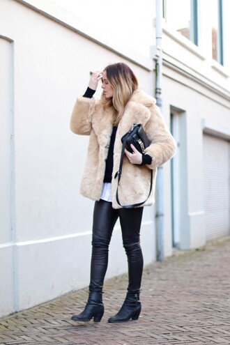 moderosa blogger faux fur jacket leather jacket coat sweater shirt pants shoes