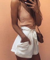 shorts,short,short shorts,white,white shorts,pants,white pants,canvas,linen,summer,summer outfits,summer shorts,spring,spring outfits,pockets,pocket shorts,bow,simple style,high waisted,High waisted shorts,high waisted pants
