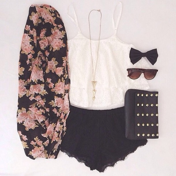 jacket floral shorts scarf flowers black vintage summer outfits bag blouse white crop tops glasses cardigan jewels sunglasses cardigab floral cardigan hippie hipster sweater