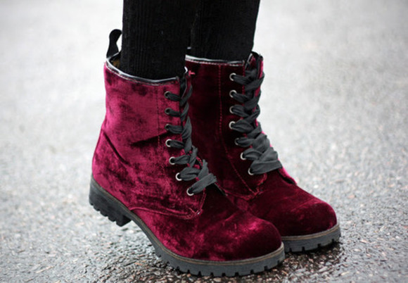 shoes faux boots indie retro grunge 90s style doc martin martins DrMartens velvet ankle botts lace up purple burgundy