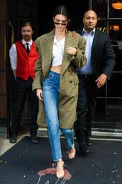 coat,crop tops,model off-duty,streetstyle,nyfw 2017,ny fashion week 2017,jeans,kendall jenner,kardashians