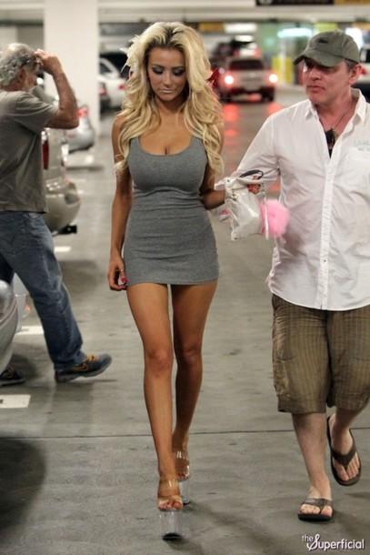 Grey Dress Short Tight Form Fitting Courtneystodden Blonde Hair Skinny High Heels Alex Curran Boob Job