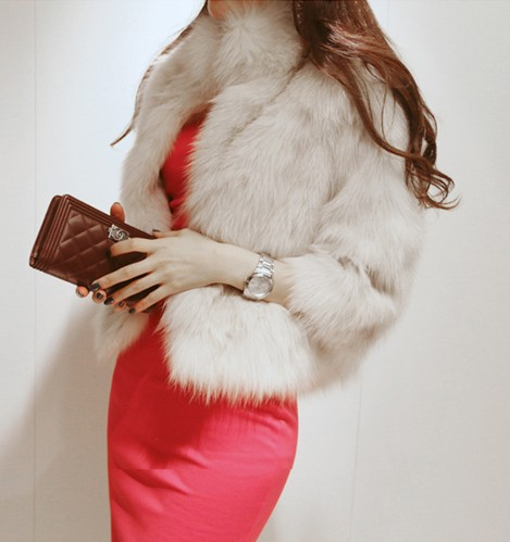 Free Shipping 2013 Winter Warm New Korean Fashion Luxury Quality Overcoats Women's Fur Coats Fur jacket Outerwear coats W4233-in Fur & Faux Fur from Apparel & Accessories on Aliexpress.com