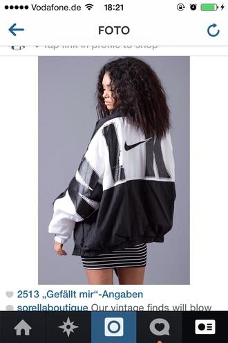 jacket nike black nikejacket vintage white windbreaker