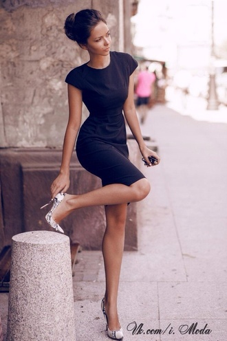 dress black dress elegant elegant dress polished little black dress blue dress midi dress summer dress classy dress body shaper shoes navy short navy blue dress black black dress mini mini dress chic casual bodycon dress short sleeve dress blue scoop neck tight knee length short sleeve