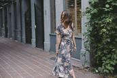 to bruck ave,blogger,dress,shoes,maxi dress,floral dress,summer outfits