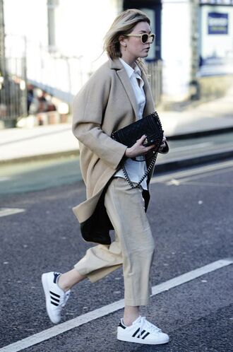 coat white and beige outfit white and beige beige coat masculine coat white shirt shirt pants beige pants bag black bag sneakers adidas adidas shoes adidas superstars winter outfits tumblr tumblr outfit