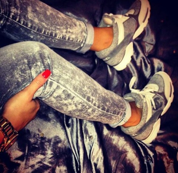 Chanel Sneakers Grey Shoes Grey White Chanel