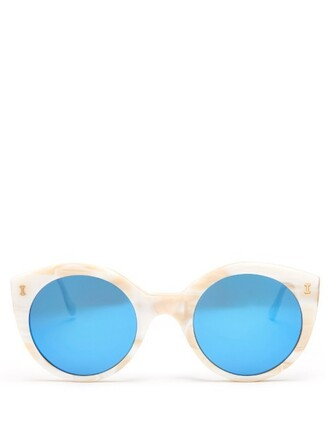 beach sunglasses cream