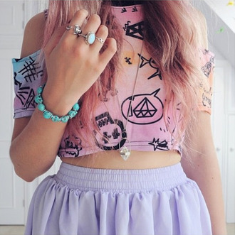 t-shirt rainbow multicolor diamonds skull speech bubbles cropped crop crop tops shirt shoulder cut-out stars pink orange blue purple jewels tie dye skirt bracelets ring necklace sweater tank top blouse