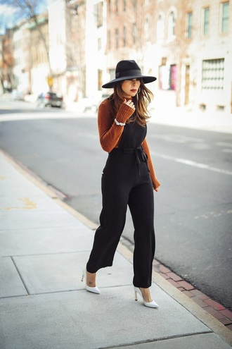 jumpsuit black jumpsuit top black top black overalls dungarees overalls hat pumps