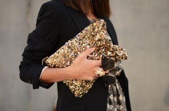 bag ring clutch gold clutch sequins gold sequins sequin clutch sunglasses black sunglasses rayban blazer black blazer statement ring