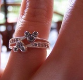 jewels,ring,pretty ring,cute,pretty,cute ring,mickey mouse,minnie mouse,minnie and mickey,disney,disney princess