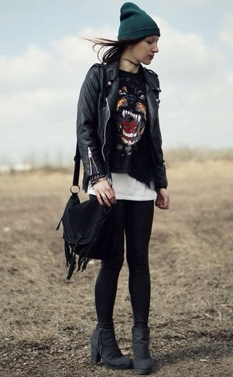 shirt hipster goth hipster vans hipster punk grunge soft grunge shoes black grunge flat girly grunge boho bohemian black leggings beanie fringed bag fringe teal white jacket shoes bag