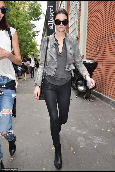 top kendall jenner jeans jacket