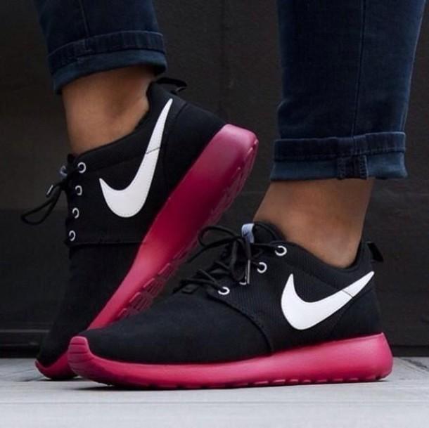 Shoes: nike, nike roshe run, roshe runs, girl, christmas, burgundy ...