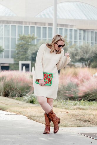 glitter&spice blogger dress shoes bag sunglasses winter outfits clutch boots cowboy boots