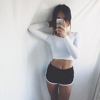 shirt white crop tops long sleeves