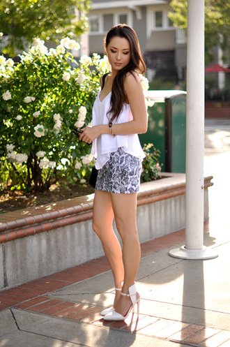 hapa time t-shirt skirt jewels shoes bag sunglasses shorts fashion style lace shorts lace bustier bustier heels white crop tops white lace shorts high heels