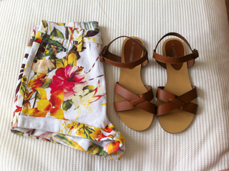 shorts tropical hawaiian flowers summer shoes brown shoes tumblr floral high waisted shorts white shorts flowered shorts high waisted summer shorts pants floral pants sandals leather sandals girly weheartit outfit yellow green party vintage wear brown sandals