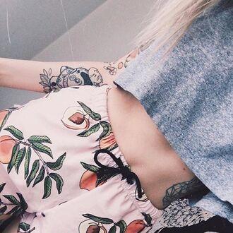shorts yeah bunny peach fruits cute pastel pastel shorts flowy