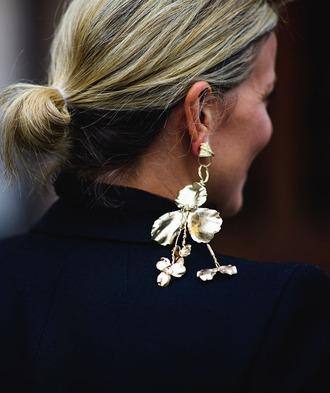 jewels tumblr statement earrings earrings jewelry fashion week 2017 streetstyle