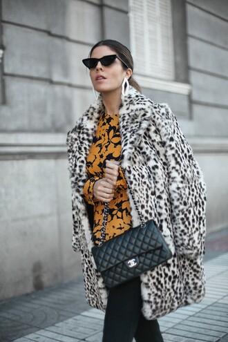 coat tumblr leopard print leopard print coat fur coat faux fur coat bag black bag chanel classy top yellow top yellow cat eye sunglasses