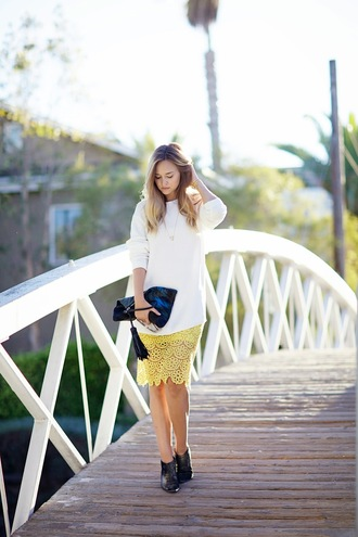 late afternoon blogger jewels lace yellow jumper ankle boots pouch