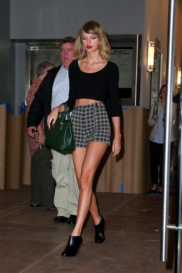 shorts taylor swift top crop tops