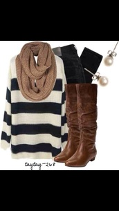 fall outfits,sweater,scarf,boots