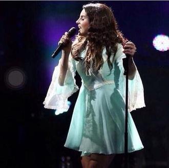 lana del rey blue dress concert