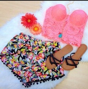 top,shorts,pom pom shorts,tropical,bright,black,cute,shoes,pom poms,dress,where to get this top?,lace,sandals,flowers,look,colorido,cropped,pink,flores,pink crop top,pink lace,shirt,pink lace shirt,pink lace crop top,strapless,strapless shirt,strapless top,strapless crop top,floral,flowered shorts,pretty girl,black sandals,cute sandals,cute shoes,clothes,summer,girly,modern,crop tops
