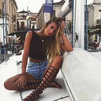 shoes gladiators black sandals summer hippie hipster boho indie tumblr outfit strappy sandals tumblr outfit tumblr girl outfit idea tall knee high gladiator sandals black low heel sandals