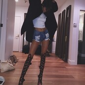 top,kendall jenner,tank top,shorts,coat,shoes,denim shorts,black heels,kylie jenner black heels