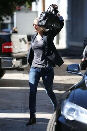 top,sunglasses,jennifer lawrence,jeans