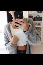 jacket,grey,cardigan,warm,top,brandy and melville,girl,holliday,tumblr,crop tops,asos,topshop,sweater,oversized,oversized sweater,cozy,grey cardigan,basic,exact,grey sweater,cute sweater,comfy,gray knitted cardigan,knit,colorful,trendy,hipster,cute,vintage,grey jacket,knitted cardigan