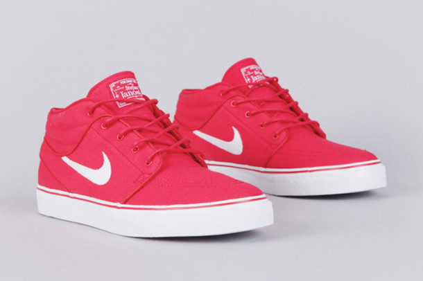 shoes pink nike barcelona