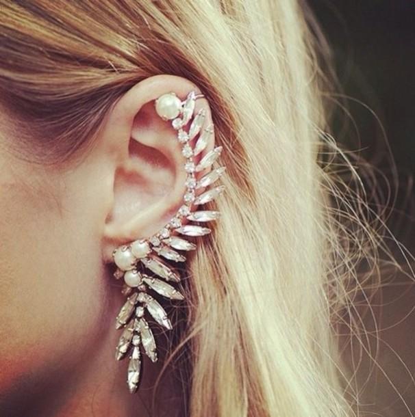 Chic rhinestone pearl ear cuff · love, fashion struck ·