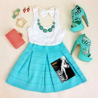 style skirt outfit necklace watch tights top fashion high heels clutch pantyhose