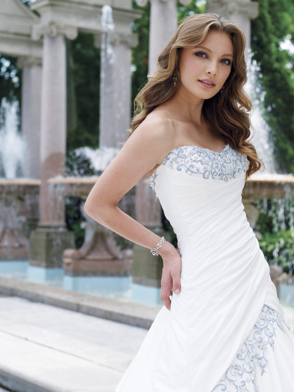 Sophia Tolli - Bridal»Style No. Y1900 » Sophia Tolli