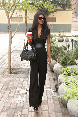 tuolomee blogger belt jumpsuit sunglasses pumps black bag sweater shoes bag