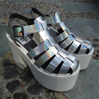 shoes holographic silver platform shoes platform heels black heels pastel grunge edgy chunky plaid cute combat boots chunky sole boots little black dress black dress plaid skirt girly trendy holographic shoes grunge shoes soft grunge shoes sandals grunge sandals